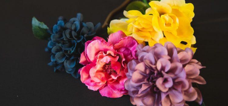 Utiliser les fleurs artificielles dans sa décoration